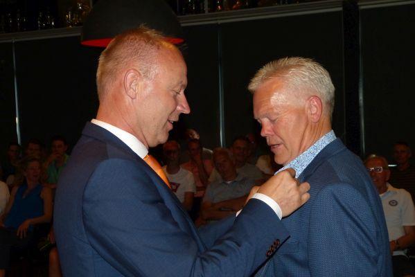 KNVB-onderscheiding voor Theo Veens